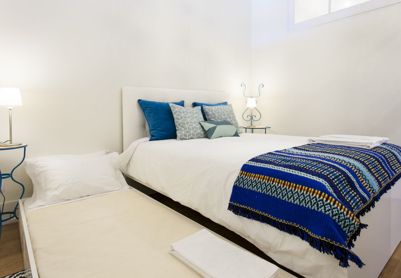 Apartamento em Lisboa - Big Bairro Alto 2D up to 27 guests by Central Hill