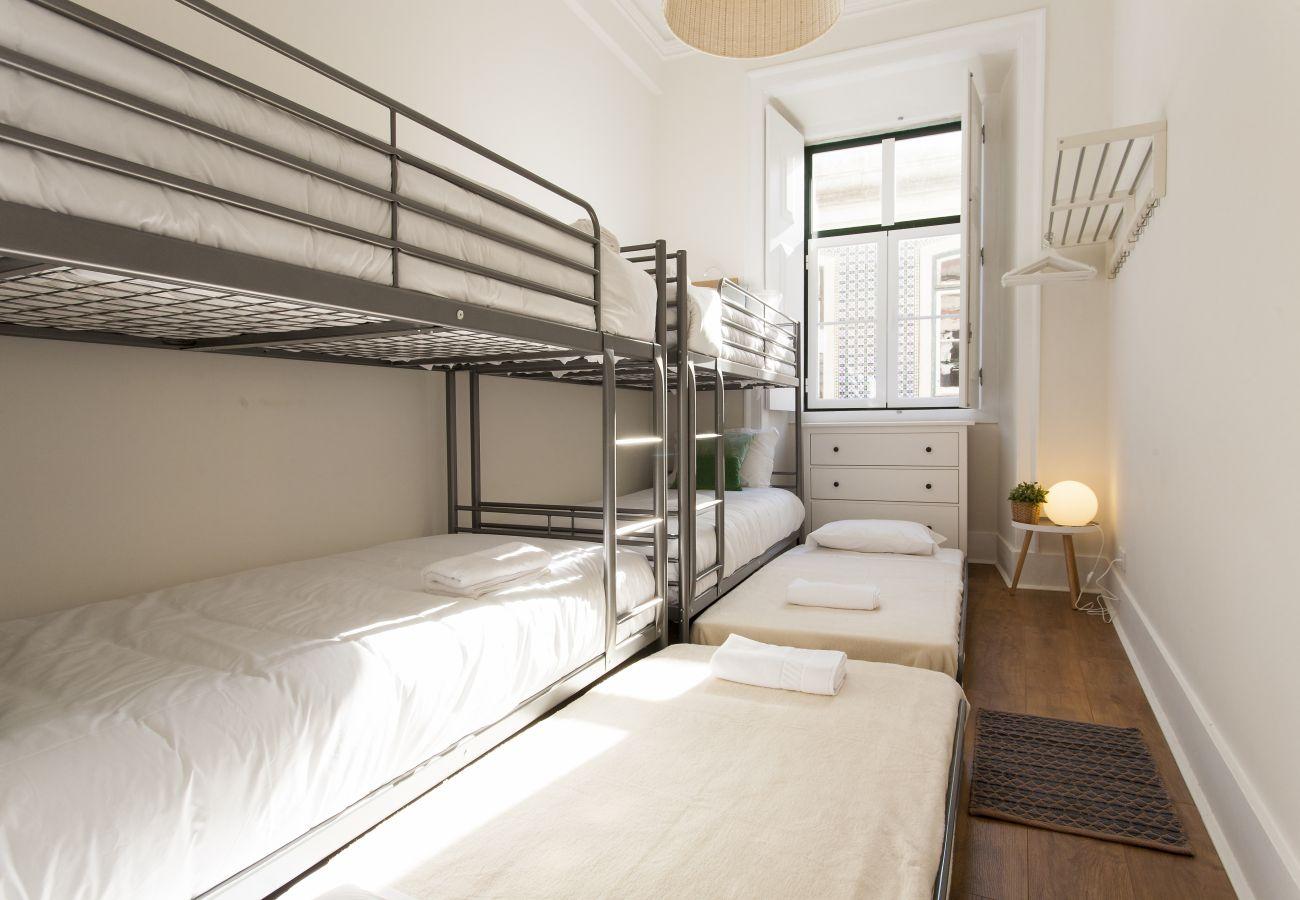 Apartamento em Lisboa - Big Bairro Alto 2E up to 27 guests by Central Hill