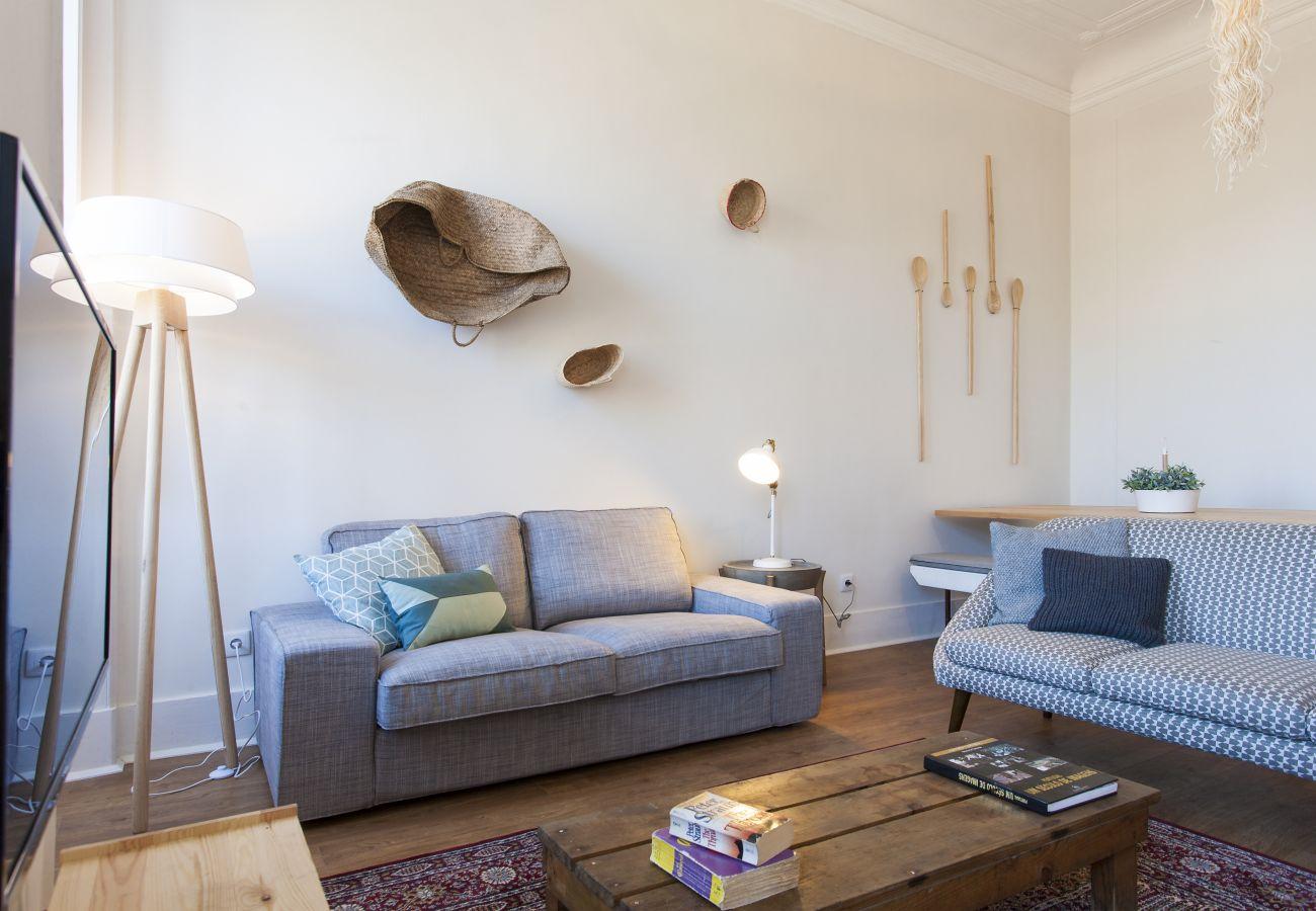 Apartamento en Lisboa ciudad - Big Bairro Alto 2E up to 27 guests by Central Hill
